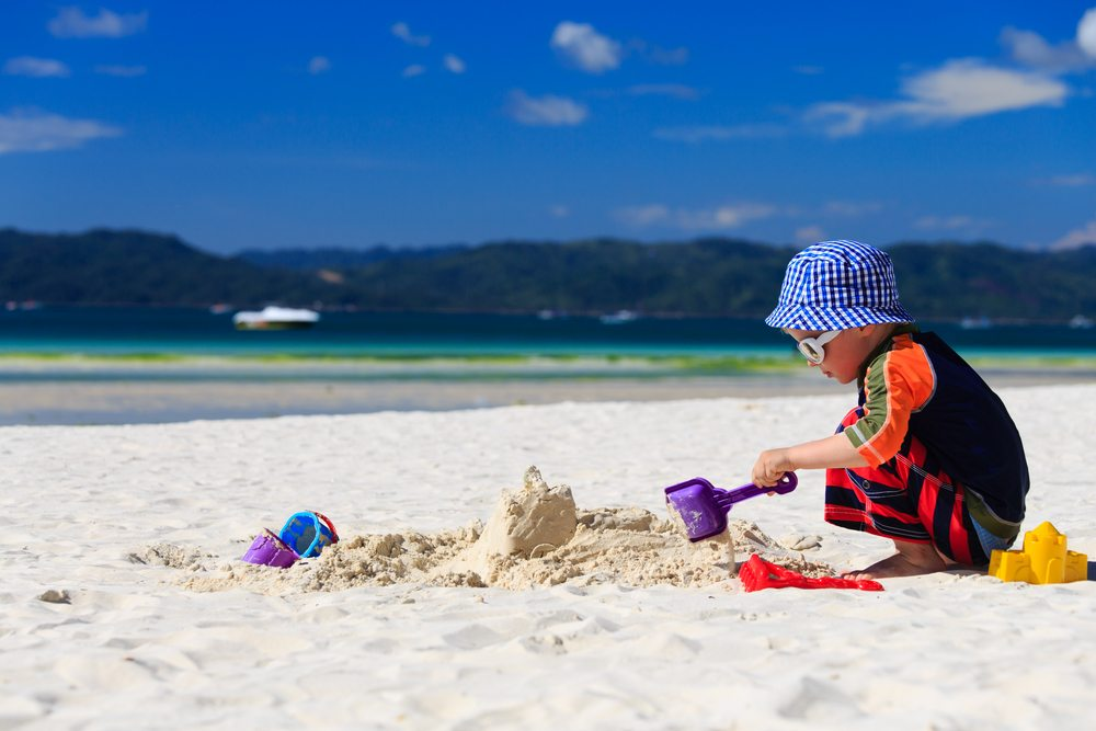 05636bd4234d4 Top Tips for Taking an Eczema Child to the Beach