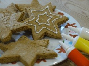 Allergy friendly Christmas cookie recipe from the ScratchSleeves blog