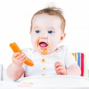 Top tips on weaning an eczema baby from the ScratchSleeves blog